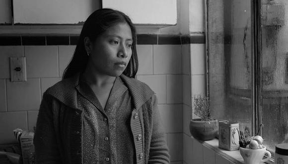 Yalitza Aparicio interpreta a Cleodegaria 'Cleo' Gutiérrezen Roma (Foto: Netflix)