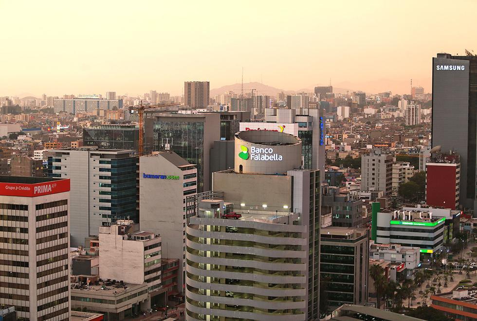 BBVA Research ajustó la proyección de crecimiento del país de 3.3% a 3.6% este año. (Foto: Andina)