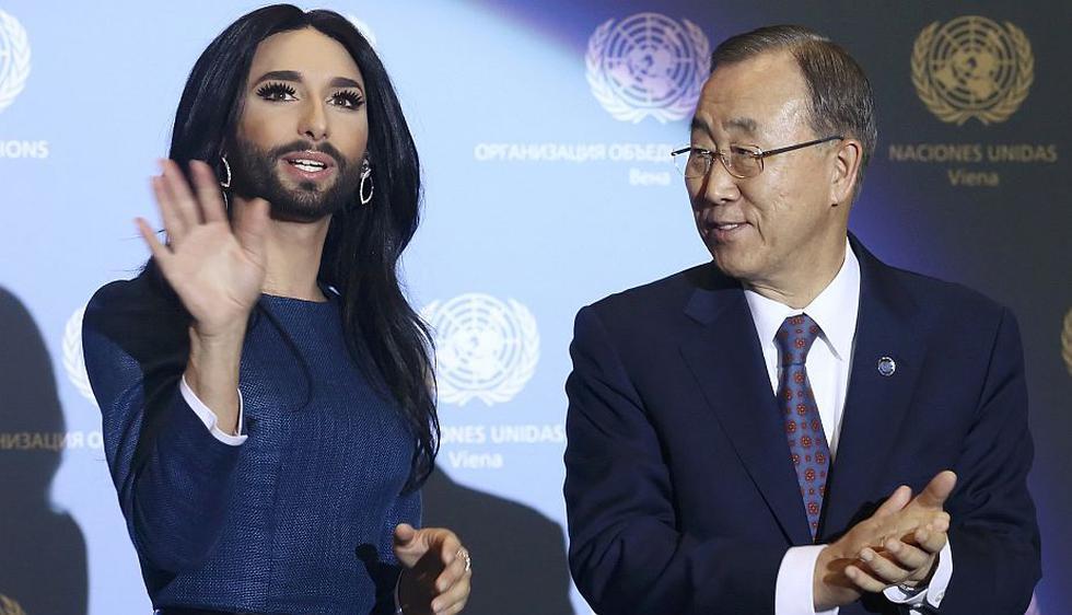 La cantante barbuda Conchita Wurst y el secretario general de Naciones Unidas, Ban Ki-moon, unieron hoy sus voces en Viena. (Reuters)