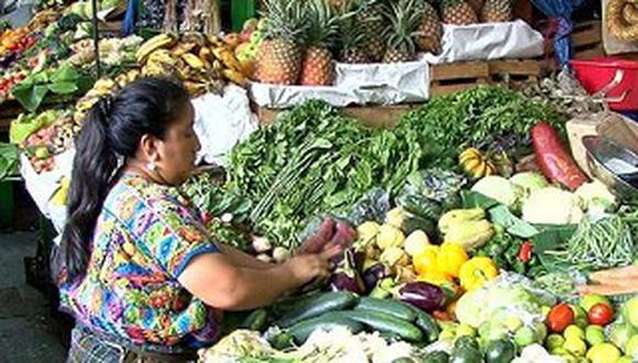 Hay especulaciones de precios de los alimentos en los mercados ante el paro de transportes, señalan expertos. (Foto: GEC)