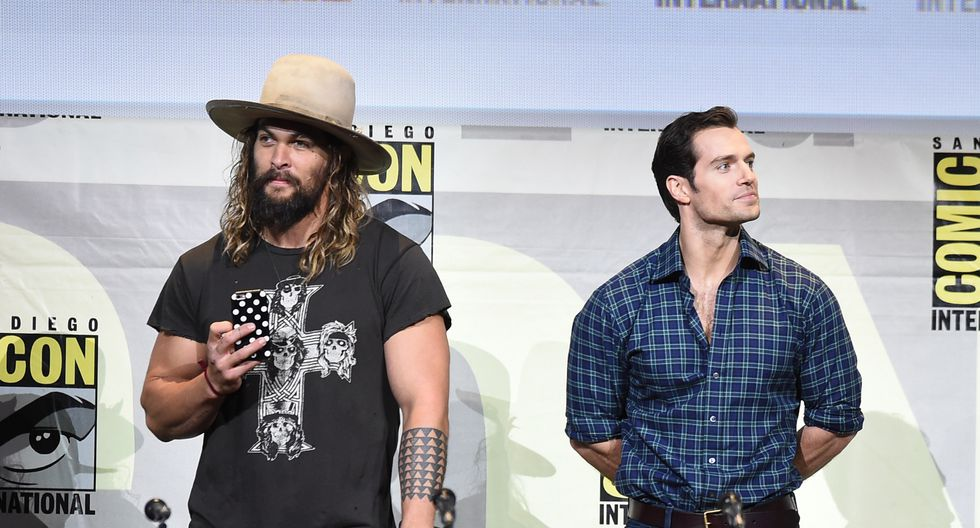"""Henry Cavill, actor que interpreta a """"Superman"""", decidió saludar a Jason Momoa por el éxito de """"Aquaman"""". (Foto: AFP)"""