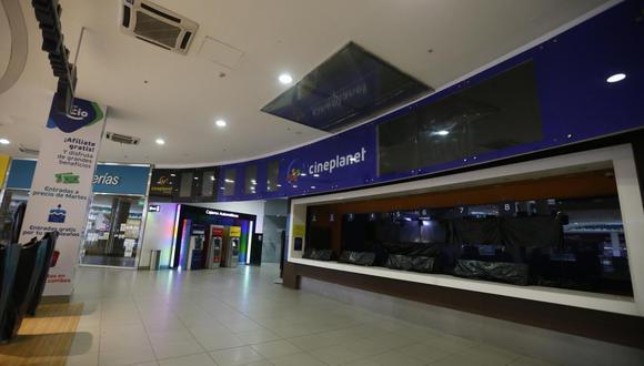 Locales comerciales como cines podrán volver a abrir sus puertas. (Foto: Mario Zapata/GEC)