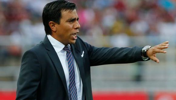 Cesar Farías renuncia a selección de Venezuela vía Twitter. (AP)