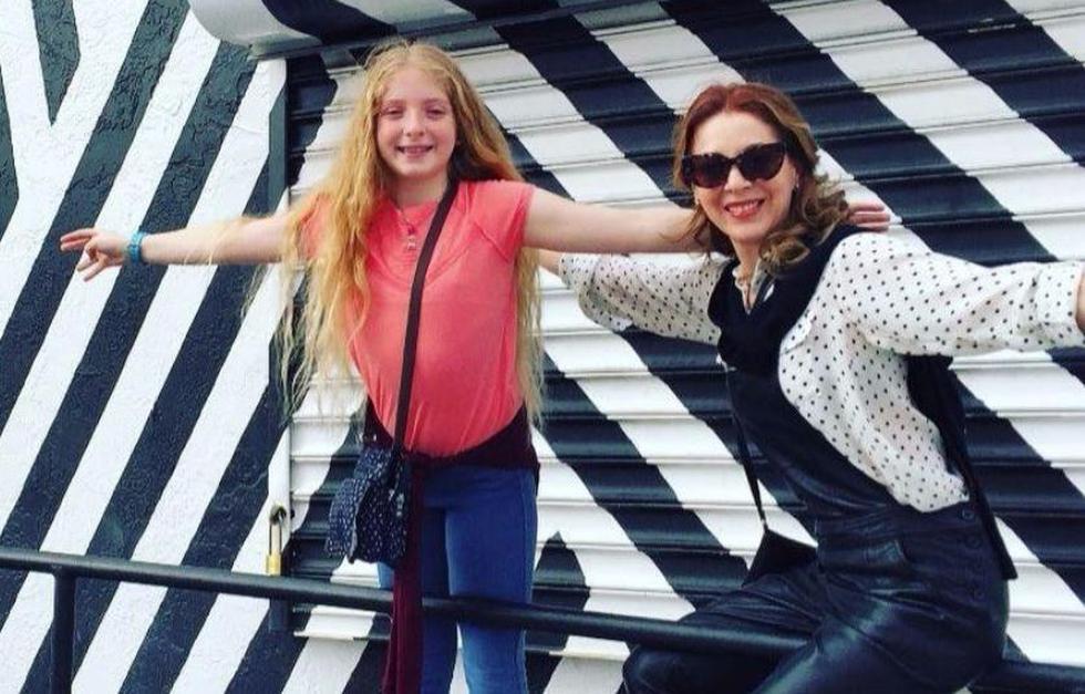 Transcurría el año 2004 cuando la actriz Edith González trajó al mundo a su única hija con el político mexicano Santiago Creel. (Instagram/@edithgonzalezmx1)