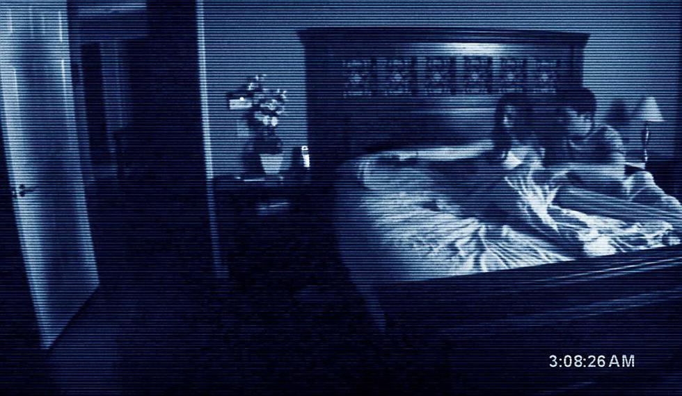 Actividad Paranormal (2007). Este film de terror se hizo con tan solo US$15 mil y pudo recaudar US$107 millones en Estados Unidos. (Internet)