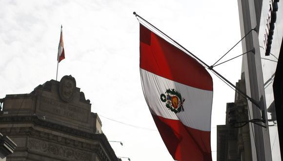 Fuerzas Armadas llama a izar la bandera peruana durante cuarentena. (Foto: GEC)