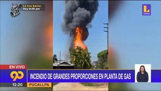 Incendio en planta de gas se expande a viviendas de Pucallpa
