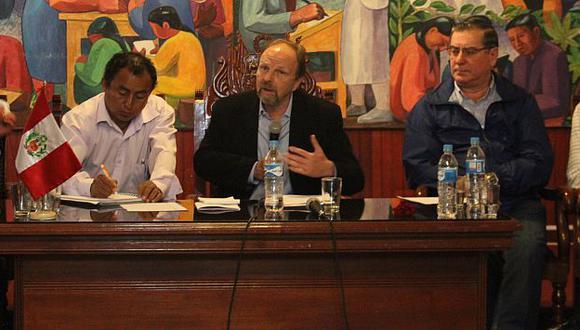 Lerner lamentó que el diálogo de ayer con los principales dirigentes cajamarquinos no haya llegado a buen puerto. (Perú21)