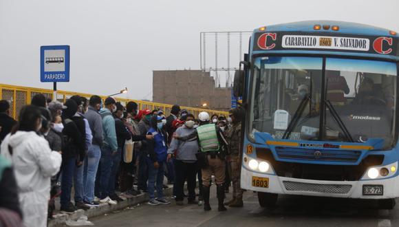 Las empresas de transporte público paralizarán este martes en demanda de un subsidio económico. (Foto: Violeta Ayasta)