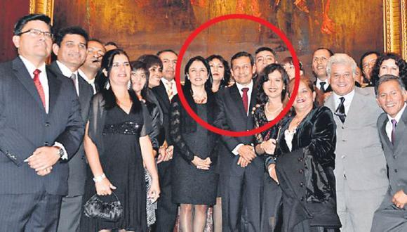 En la fotografía se aprecia a la pareja presidencial con el expulsado Ítalo Ponce. (USI)