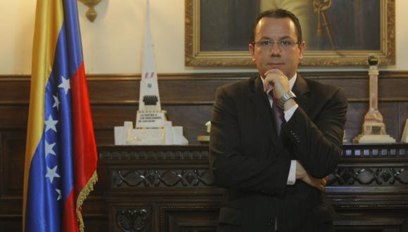 Venezuela: Embajador en Lima dice que hubo un intento de golpe de Estado. (David Vexelman)