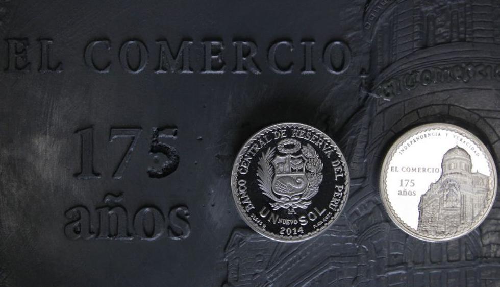 La Casa de la Moneda del Perú acuñó una moneda especial en conmemoración por los 175 años de la fundación del diario El Comercio. (Alessandro Currarino/El Comercio)