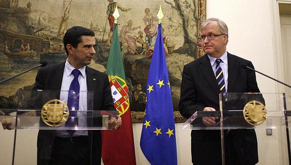 Ministro de Finanzas luso se reunió con vicepresidente económico de la Comisión Europea. (Reuters)