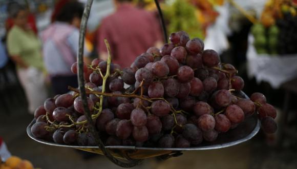 Uvas entre los productos más destacados. (César Fajardo)