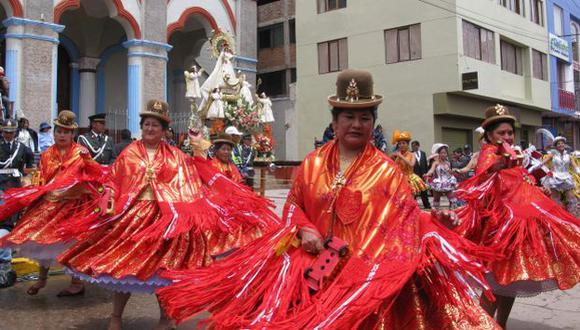 ¿excusa? Ejecutivo asegura que la norma fue emitida tomando el cuenta la Fiesta de la Candelaria. (Perú21)