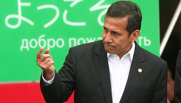 Presidente Ollanta Humala asegura que las encuestas de poder lo tienen sin cuidado. (David Vexelman)