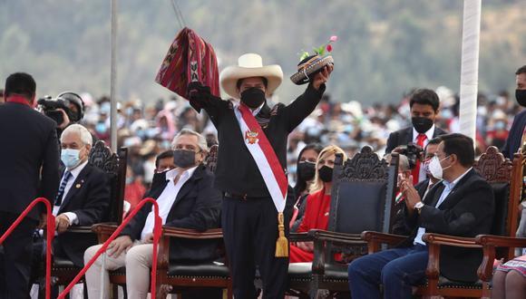 Pedro Castillo juró de forma simbólica en Ayacucho. (Fotos: Alessandro Currarino / @photo.gec)