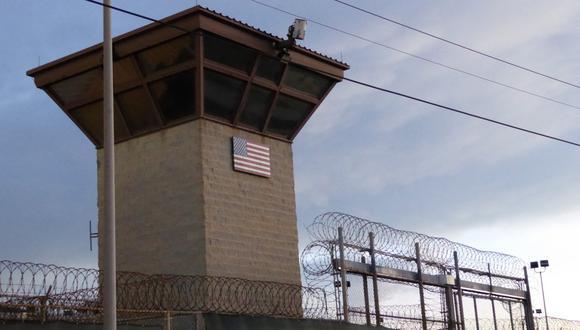 En total, en Guantánamo tan solo quedan 40 de los cerca de 800 reclusos que llegó a albergar tras su apertura en 2002 ordenada por el entonces presidente, George W. Bush, en respuesta a los atentados del 11 de septiembre de 2001. (Foto: Sylvie LANTEAUME / AFP)