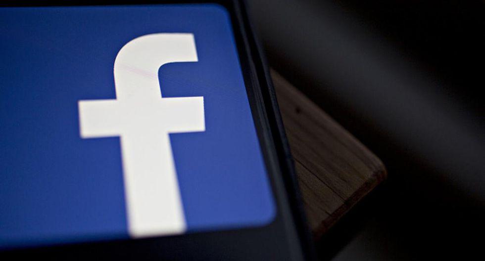 Existen dos opciones simples para lograr borrar los recuerdos de tu Facebook y evitar momentos bochornosos con tus amigos del trabajo, jefe o familiares. (Foto: Getty)