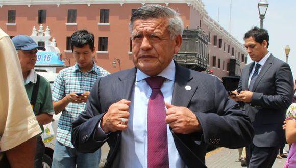 César Acuña habló desde Trujillo. (Perú21)