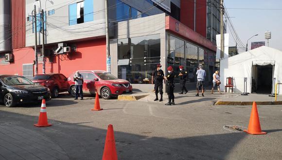 Delincuentes hirieron a dos agentes del INPE y huyeron junto con el reo a bordo de motocicletas. (Foto: Shirley Ávila)