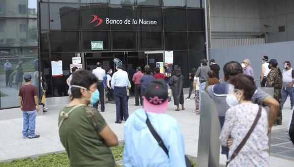 El Banco de la Nación ha registrado aglomeraciones en sus agencias. (Foto: Britanie Arroyo | GEC)