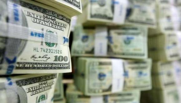 Vera Talledo estimó que lo más probable es que el dólar siga con tendencia a la baja. Y dependiendo de la economía estadounidense y de cómo se muevan las elecciones en el país, podría haber un hipo al alza en los próximo meses.