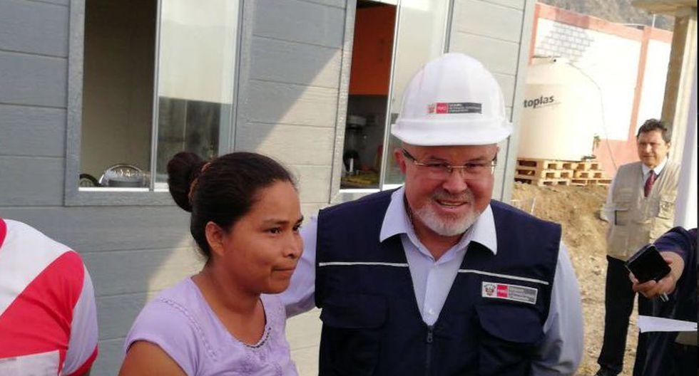 Evangelina Chamorro recibió una casa de 800 metros cuadrados por parte del Ministerio de Vivienda. (Twitter/MVCS)
