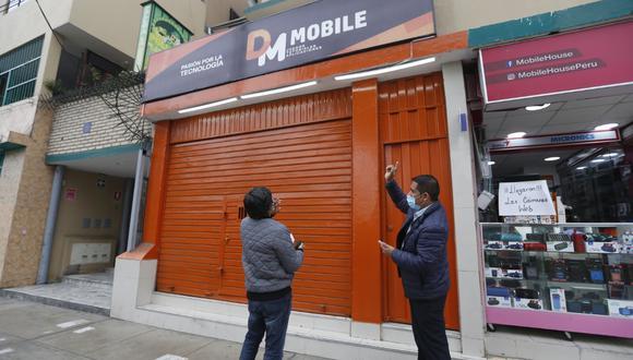 Esta es la tienda donde robó la pareja de delincuentes. (GEC)