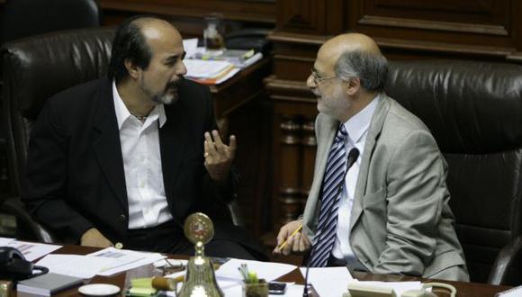 Daniel Abugattás y Mauricio Mulder han reavivado las fricciones entre el oficialismo y el Apra. (Peru21)