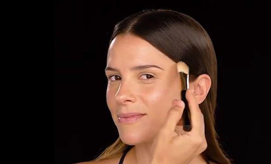 Las mujeres confiamos en el primer para ocultar manchas o marcas en la piel, pero también para disminuir las señales de cansancio. (Foto: Instagram Natura Perú)