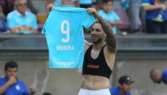 Emanbuel Herrera cerró el año con 40 goles y el título nacional. (Foto: Violeta Ayasta / GEC)