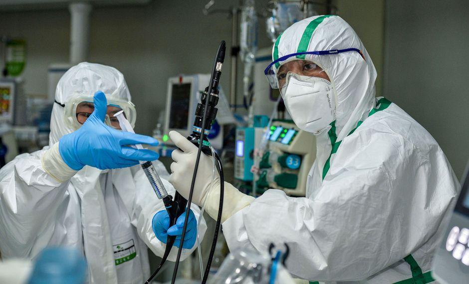 Autoridades chinas esperan en tener la epidemia del coronavirus bajo control a finales de abril