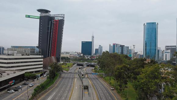 Luis Fernán Bedoya fue impulsor de esta construcción vial que une seis distritos de la capital. (Foto: Archivo/GEC)