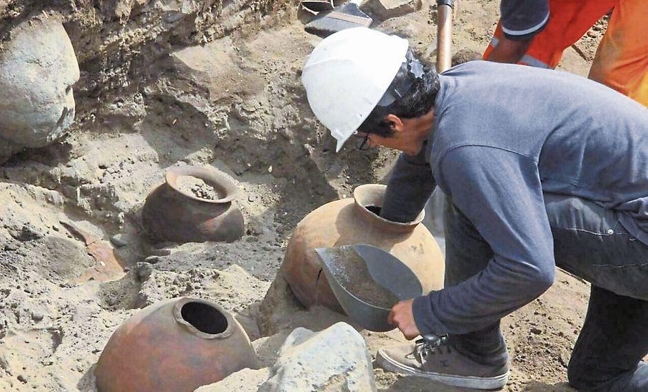 Vasijas. Al menos 130 de ellas fueron ubicadas durante las escavaciones del Proyecto de Rescate Arqueológico Las Lomas. (USI)