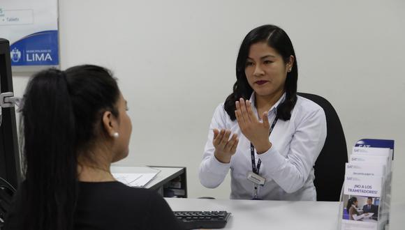 La Municipalidad de Lima, a través del Servicio de Administración Tributaria (SAT), implementó el servicio de lengua de señas, dirigido a todas las personas con discapacidad auditiva. (Foto: MML)