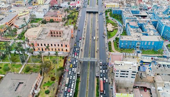 La Municipalidad de Lima permitirá la circulación de vehículos particulares por el carril izquierdo de la Av. Grau. (Foto: MML)