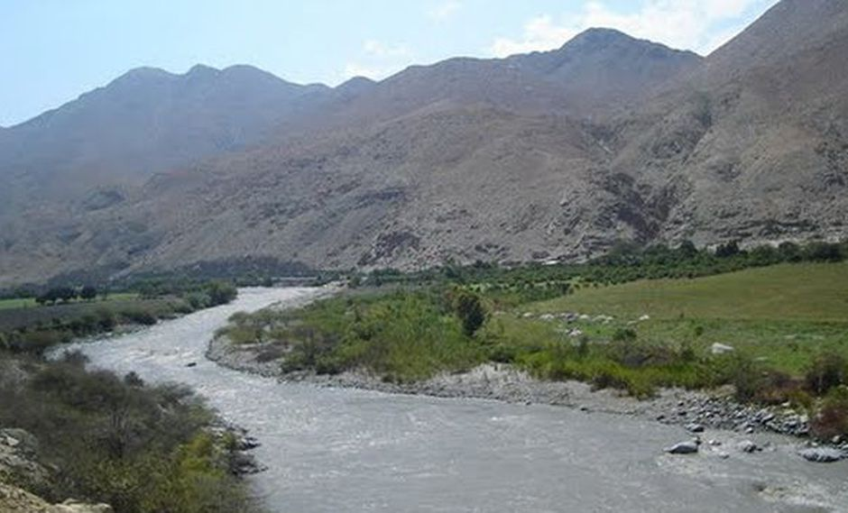Se identificaron nueve puntos de vertimientos de aguas residuales industriales. (Whenryam en Panoramio)