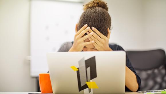 La Organización Mundial de la Salud reconoce que el burnout o el síndrome de desgaste profesional es una enfermedad producida por estrés laboral y que se ha visto acentuada en pandemia, explica la especialista. (Foto: Getty Images)
