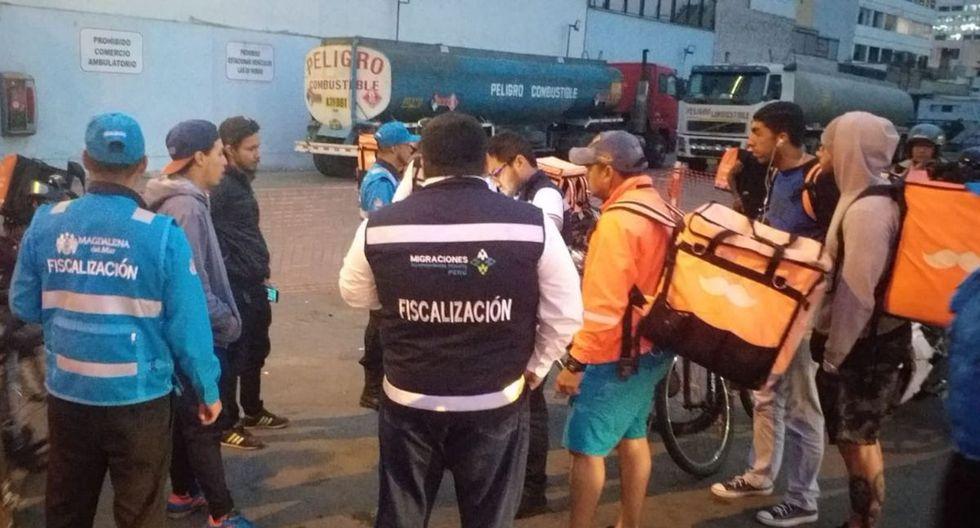 Los detenidos fueron trasladados a la sede de la División de Extranjería, ubicada en la avenida España. (Foto: Difusión)