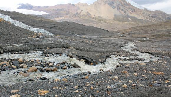 Autoridad Nacional del Agua realiza estudios de retroceso glaciar y calidad de agua en la cordillera Vilcanota