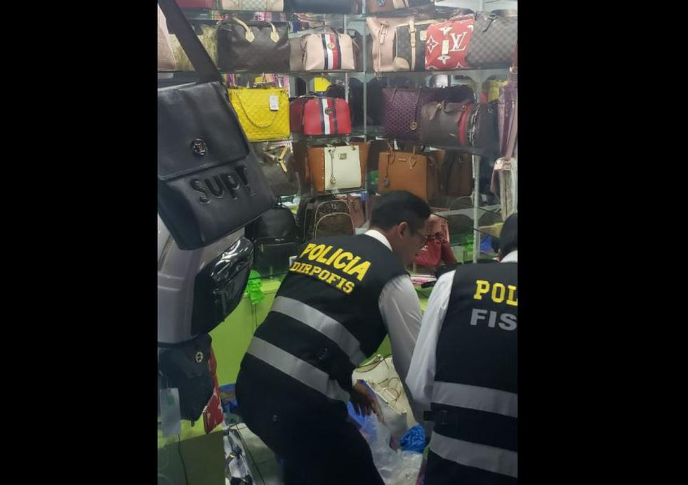 Se incautó 150 sacos por un monto total de S/8 millones. La mercadería permanece en los almacenes del Ministerio Público. (PNP)