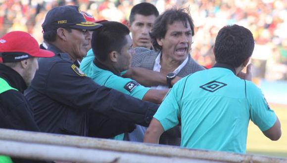 Explotó. Navarro se enfureció por un cobro del juez de línea. (USI)