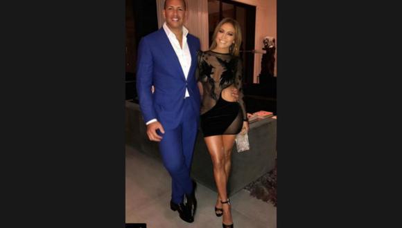 J.Lo y su novio, el ex beisbolista estadounidense Álex Rodríguez. (Instagram/@J.Lo)