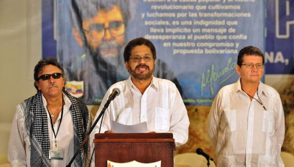 INCLUSIÓN. De firmarse la paz y dejar las armas, las FARC podrán convertirse en partido político. (EFE)