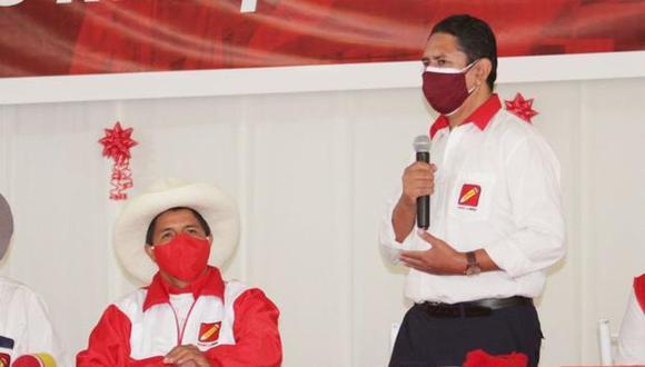 la dupla. Vladimir Cerrón es quien traza el plan de gobierno de Pedro Castillo, un candidato presidencial totalmente supeditado. (Perú Libre)