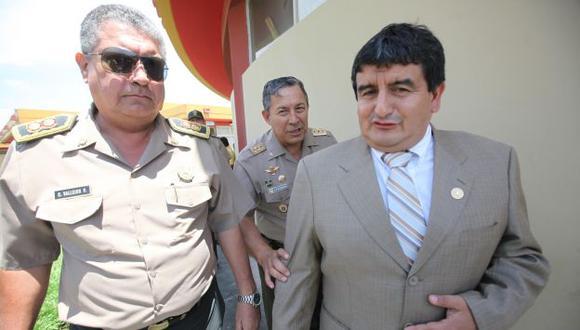 Consejeros piden explicación. (Perú21)