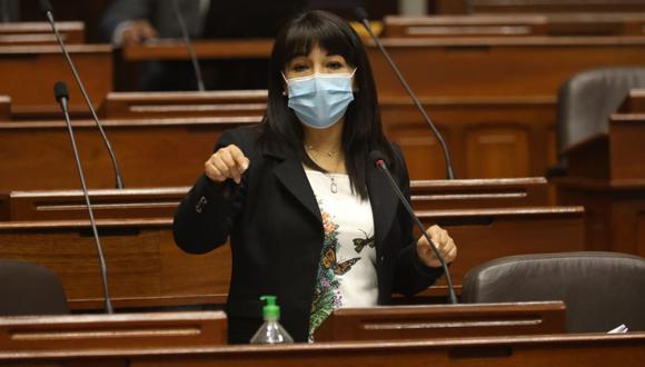 La congresista Mirtha Vásquez fue elegida como primera vicepresidenta del Parlamento. Como Francisco Sagasti asumirá la Presidencia de la República, ella será la presidenta encargada del Legislativo. (Foto: Andina)