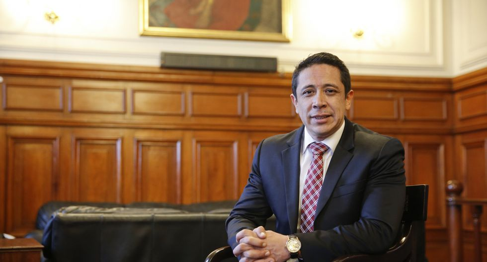 """Miguel Castroindica que su renuncia se produce por """"razones de conciencia alineadas"""" a sus convicciones políticas en la libertad de empresa y libertad de expresión. (Foto: GEC)"""