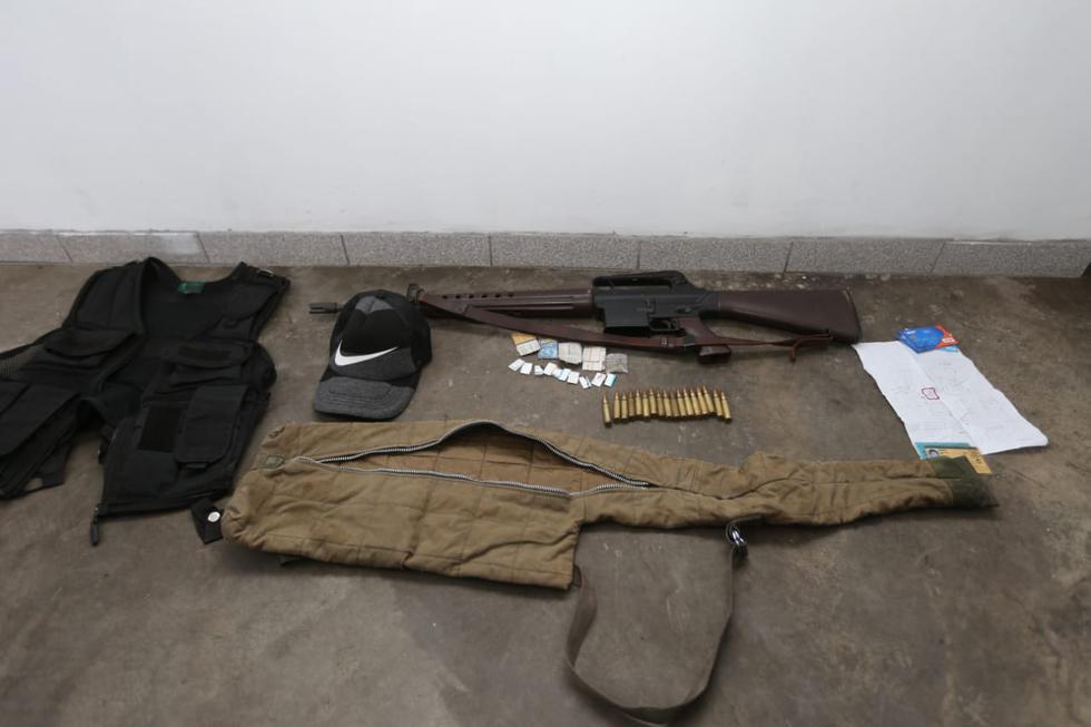 San Juan de Lurigancho: 6 venezolanos son detenidos con granadas y armas de largo alcance. (Violeta Ayasta)
